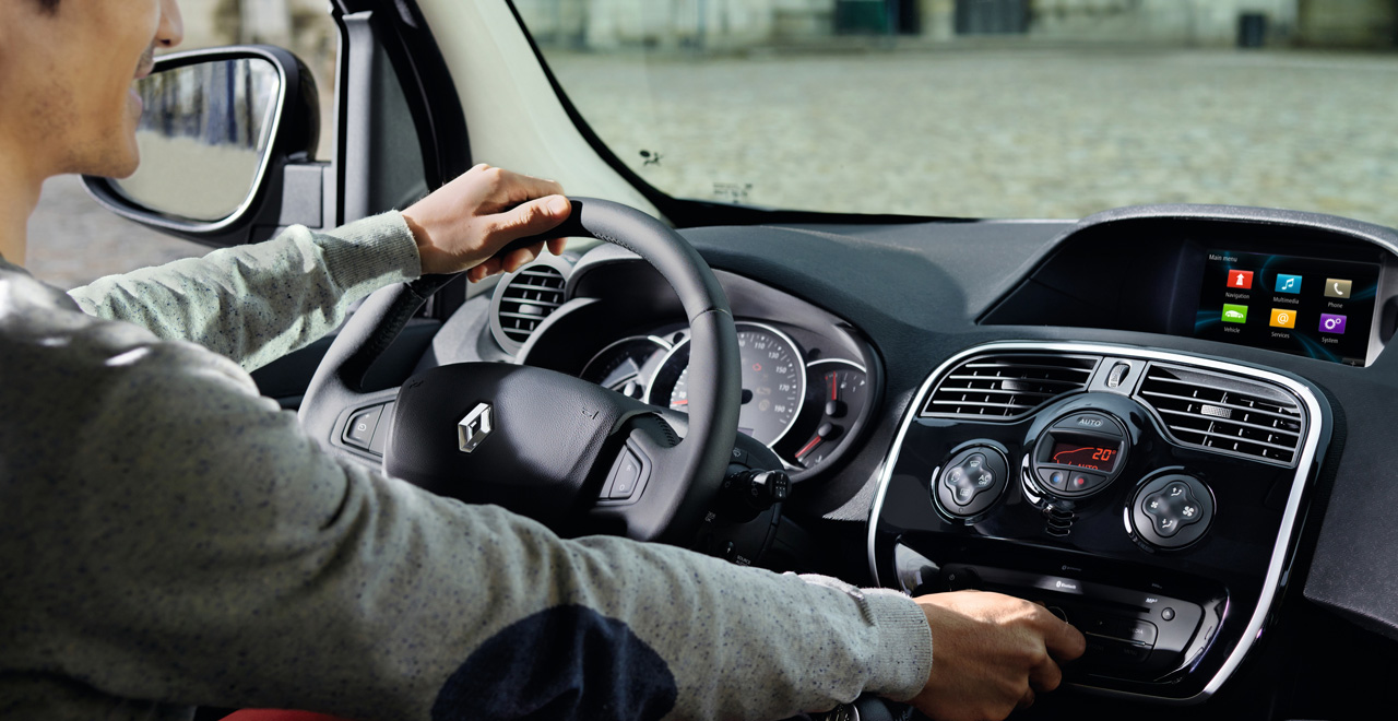 Hagyja, hogy az autóban lévő technika a segítségére legyen